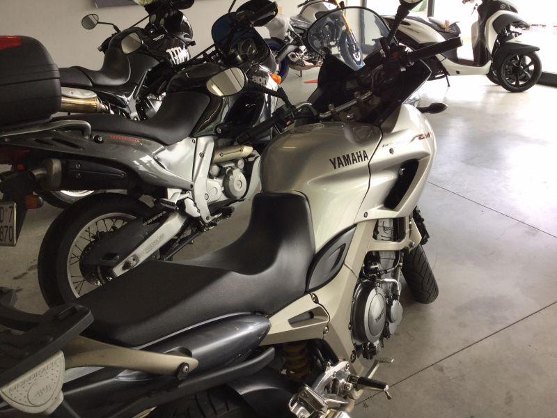 YAMAHA  TDM 900 900 2002