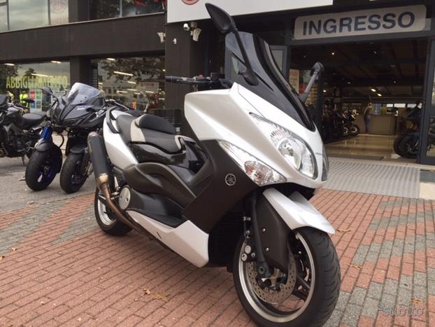 Yamaha T-Max 500 White – 2010 full